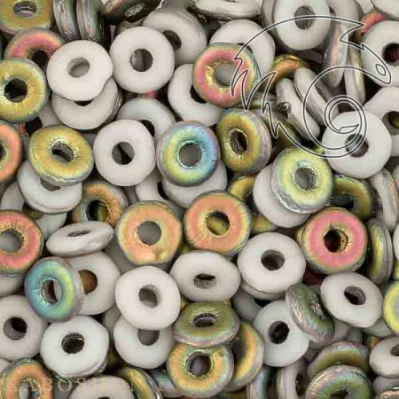 Стеклянные чешские бусины O bead 4 мм Chalk White Vitrail Matted