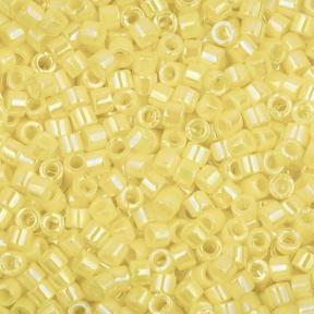 Бисер Delica 11-0 Непрозрачный радужный желтый