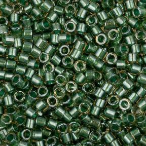 Бисер Delica 11-0 Сверкающий окрашенный изнутри топаз-светло-зеленый