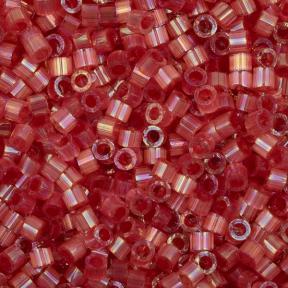 Бисер Delica 11-0 Сатин (шелк) окрашенный изнутри-радужная ягода