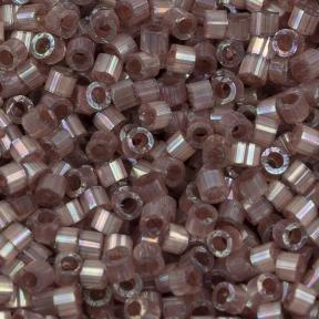 Бисер Delica 11-0 Сатин (шелк) окрашенный изнутри радужный розовый топаз