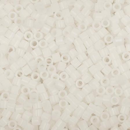 Бисер Delica 15-0 Непрозрачный белый