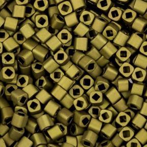 Бисер Toho Матовый непрозрачный темно-оливковый