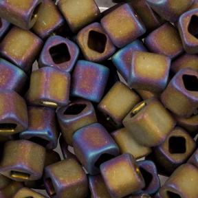 Бисер Toho Матовый радужный пурпурный ирис