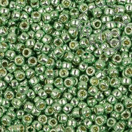 Бисер Toho PF Гальванизированный зеленая мята